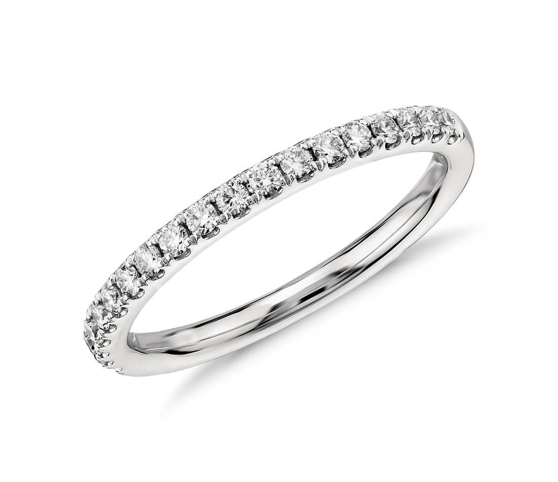 Diamantringe weißgold  Original Empire 0,25 ct Diamantband-Ring in Weißgold - Memoire ...