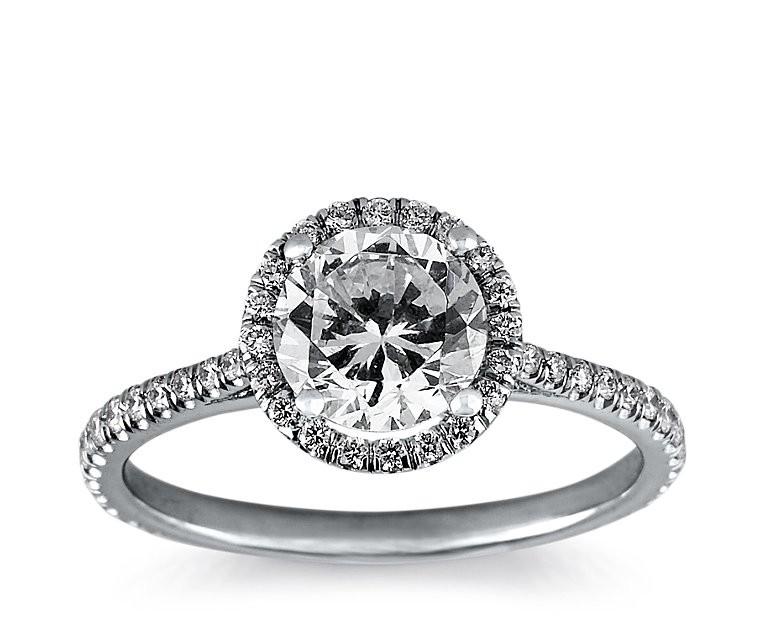 The Queen Diamond 1,00 ct Zentraldiamant + 0,30 ct Haloring in Weissgold