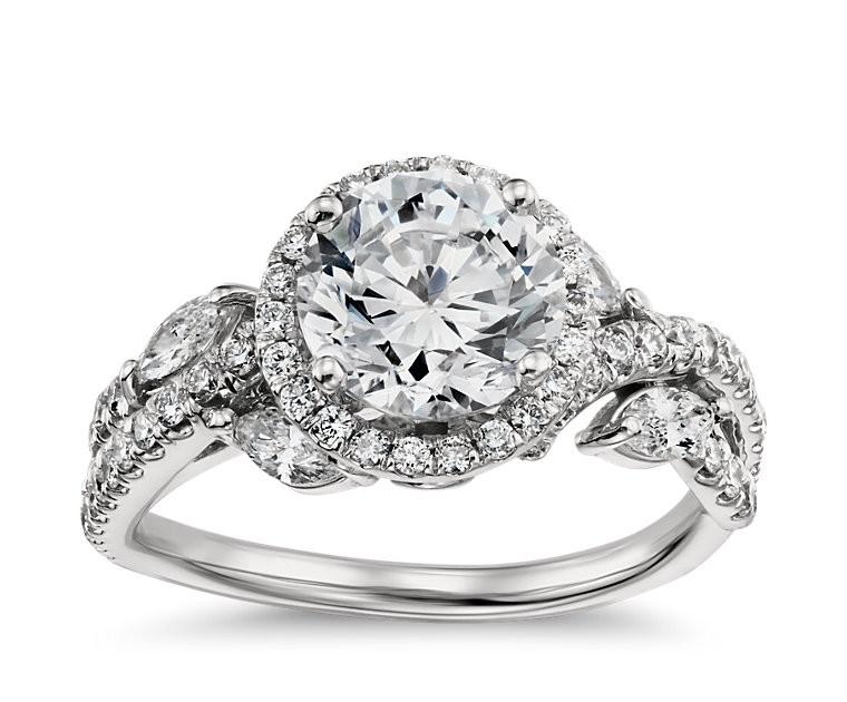 The Queen Diamond 1,00 ct Zentraldiamant + 0,89 ct Haloring in Weissgold