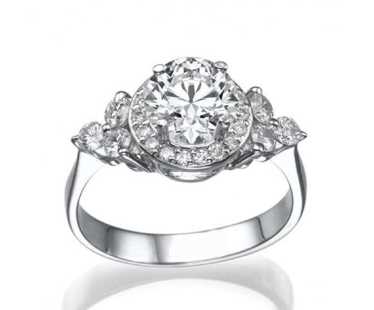 The Queen Diamond 1,00 ct Zentraldiamant + 0,50 ct Haloring in Weissgold