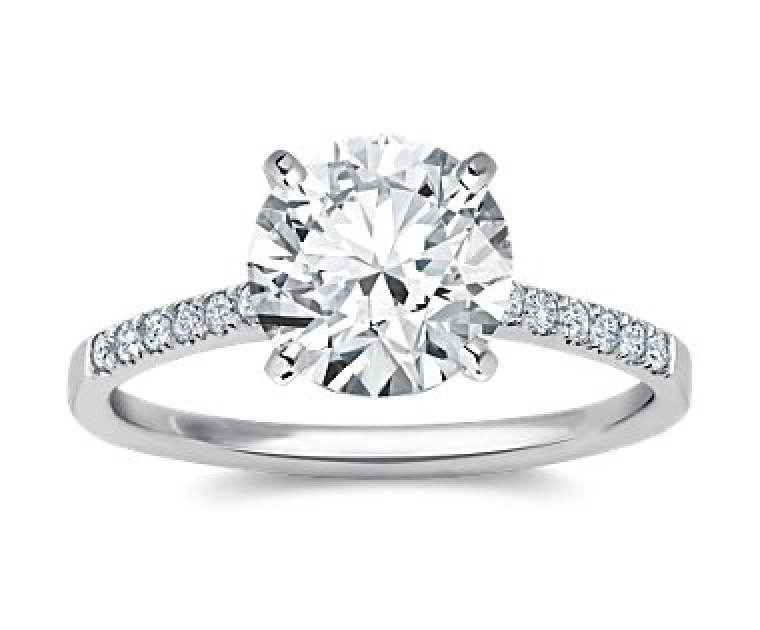 The Queen Diamond - 2,50 ct Zentraldiamant + 0,42 ct Seitensteine Diamantring in Weissgold