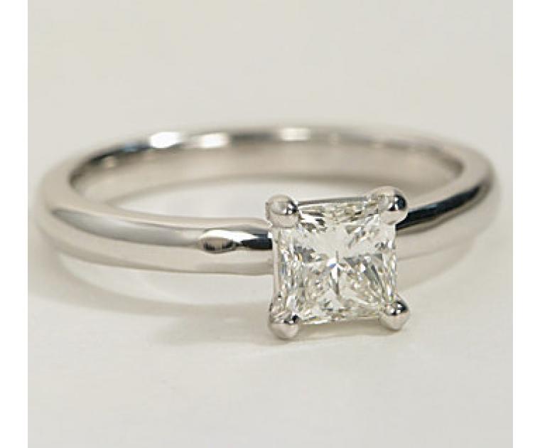 The Great 1884 - 0,30 ct Diamantring in Weissgold - sofort verfügbar